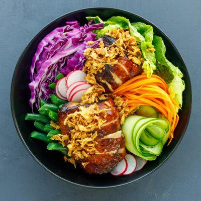 Crispy Fried Onion on Salad Bowl